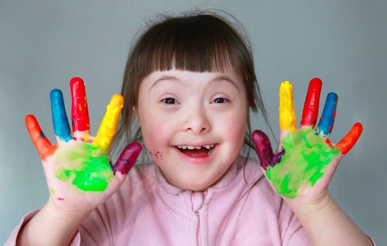 Ekono realiza campaña publicitaria con niños con Síndrome de Down
