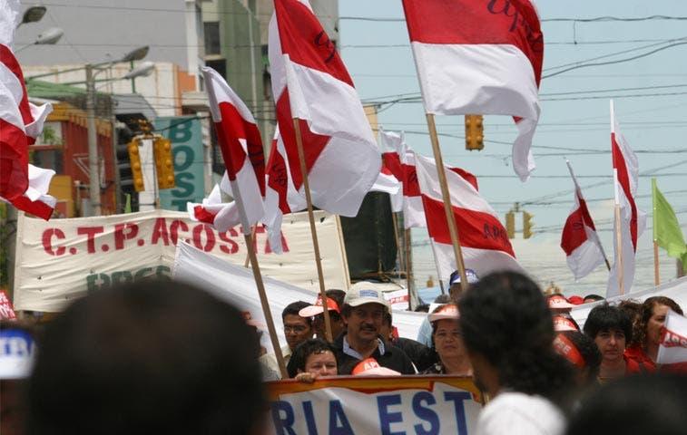 Sindicatos respaldan a Chaves y niegan amenazas a prensa