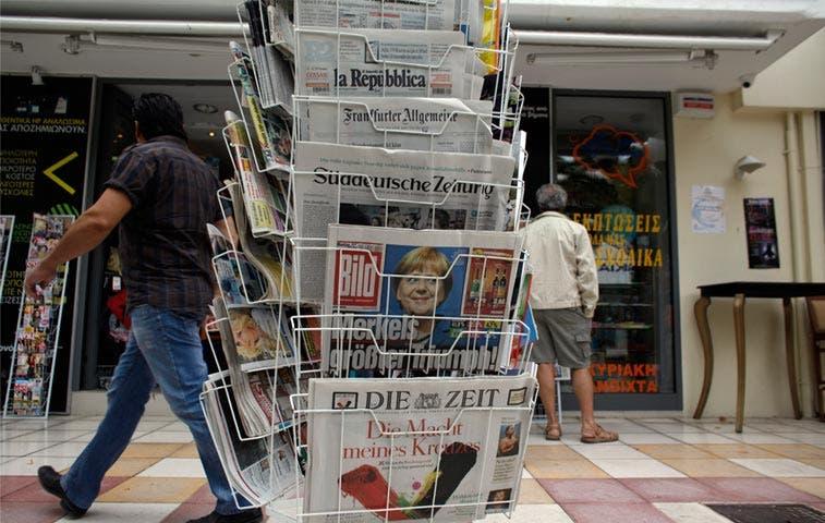 Diarios alemanes ofrecen suplemento en árabe para refugiados