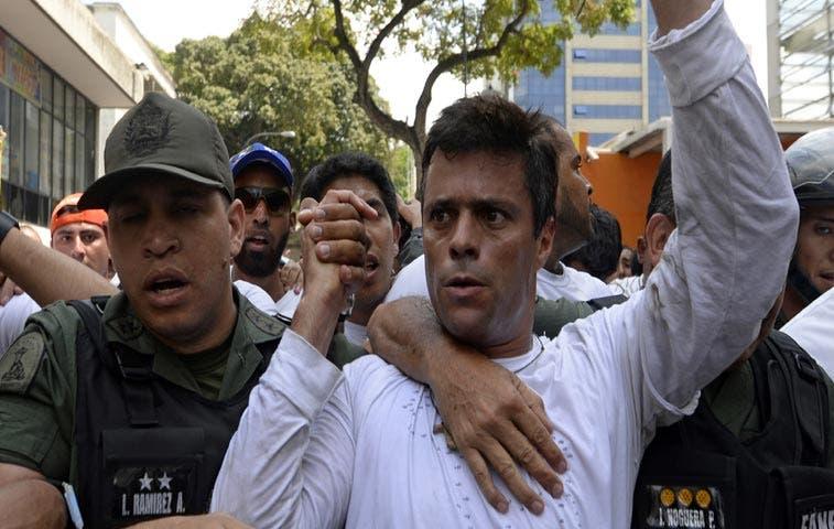 Leopoldo López a la cárcel por 13 años