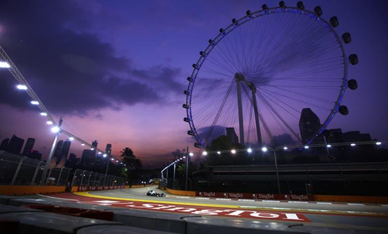 Hamilton iluminará Singapur