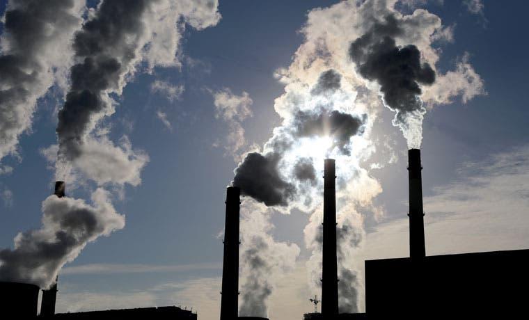 Países ricos financian combustibles fósiles con dinero de los contribuyentes