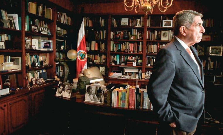 Óscar Arias es el presidente mejor calificado
