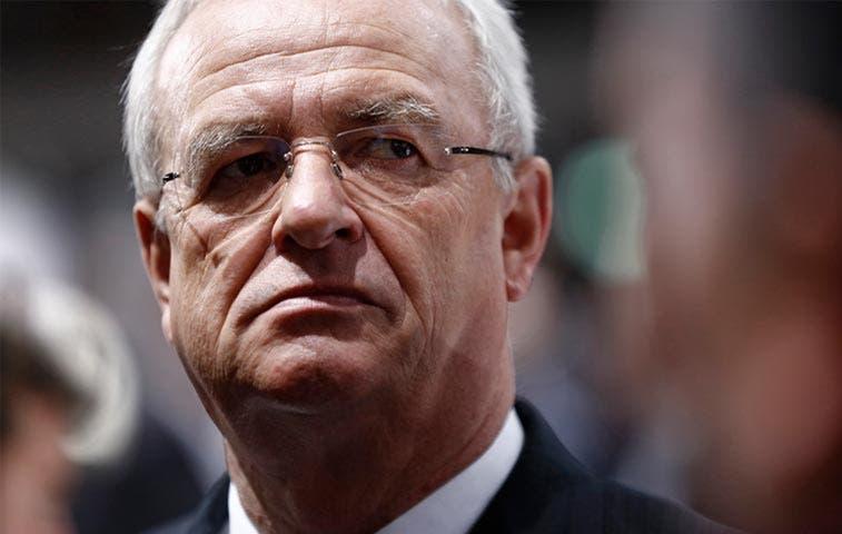 Director ejecutivo de Volkswagen renuncia por escándalo