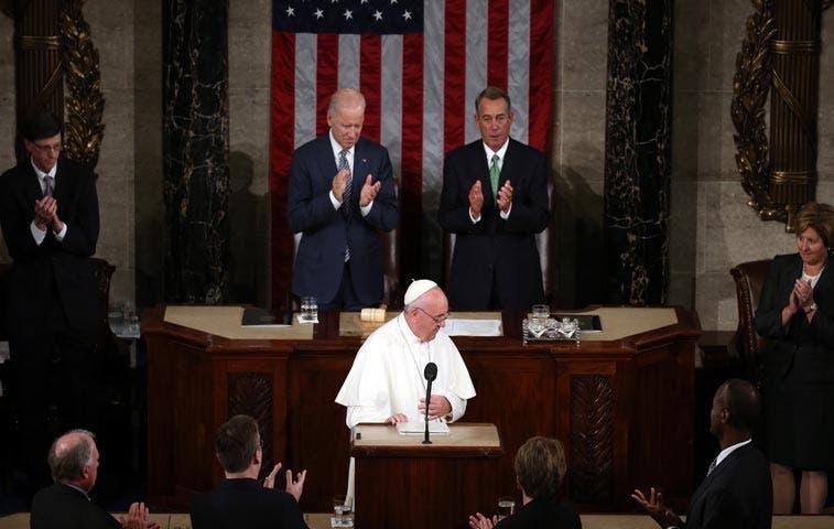 Papa Francisco pide a Estados Unidos eliminar la pena de muerte