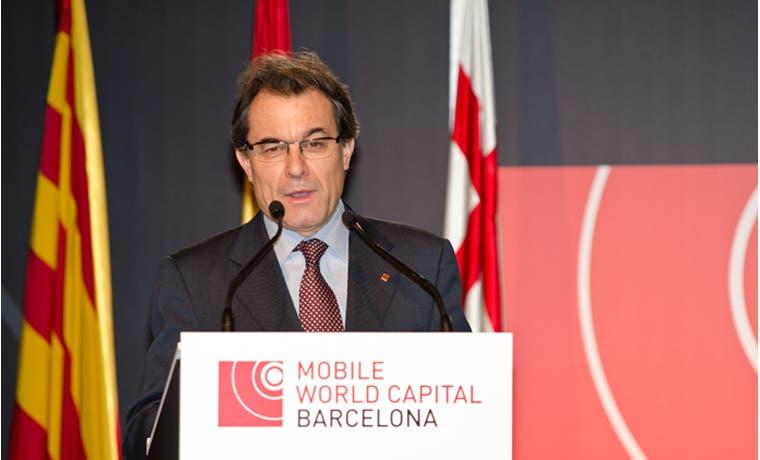 Catalanes influyentes exigen desobediencia para negociar con España