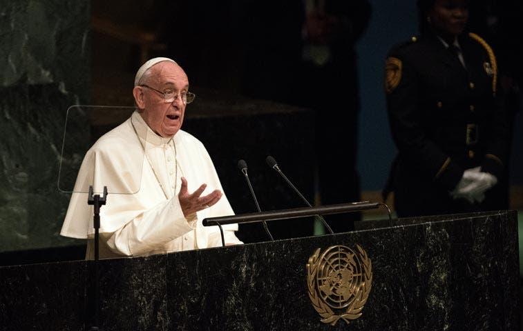 Papa Francisco criticó persecuciones religiosas ante líderes mundiales