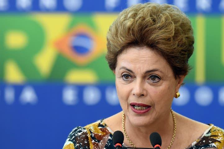 A Rousseff le preocupan las compañías brasileñas con deudas en dólares
