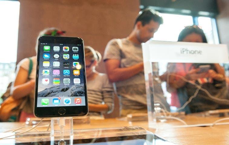 Apple vende 13 millones de iPhones en fin de semana