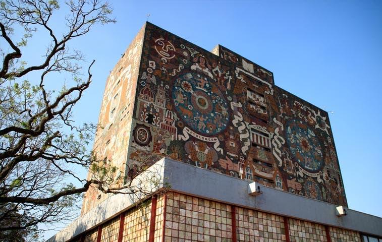 57 universidades mexicanas ofrecerán becas en Antigua Aduana