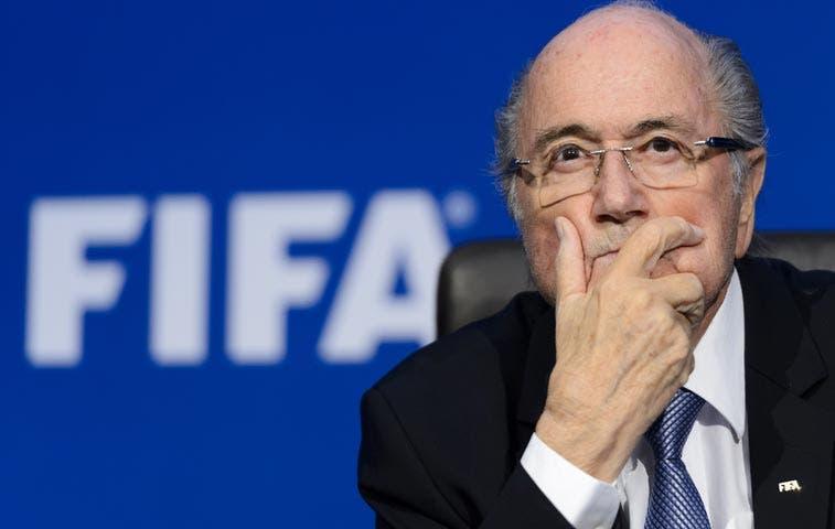 Coca-Cola y McDonald's piden renuncia de Joseph Blatter