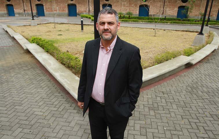 Segnini defendió presupuesto del MOPT ante diputados