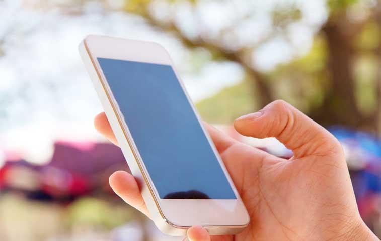 Revise su expediente de la Caja desde su celular o tableta