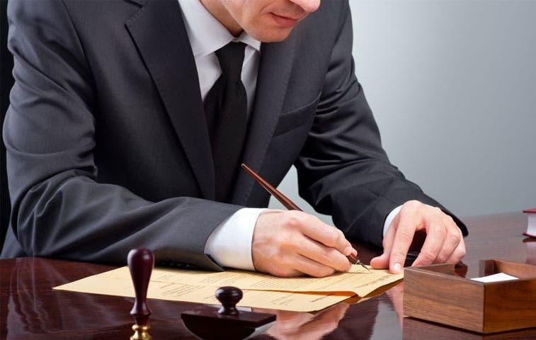 Notarios tienen seis meses para inscribirse como trabajadores independientes