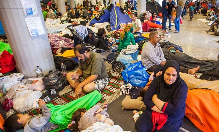 Crece escepticismo en Alemania por flujo masivo de refugiados