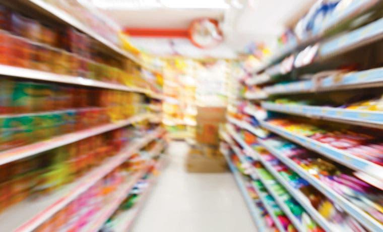 Gessa mete presión en tiendas de conveniencia