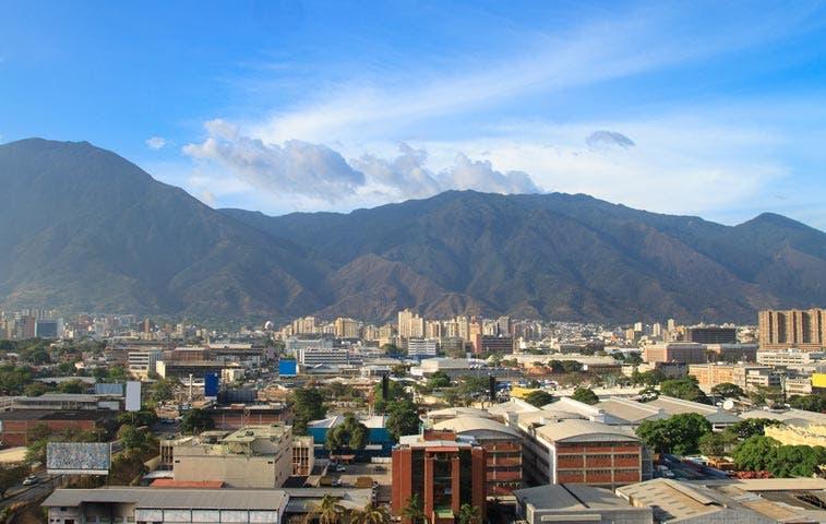 Petróleo barato hará de Venezuela la peor economía del mundo