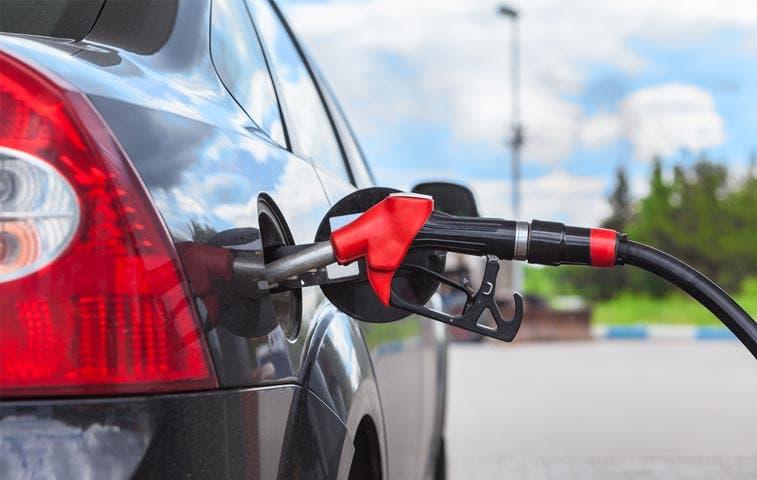 Gasolina barata provocaría deflación