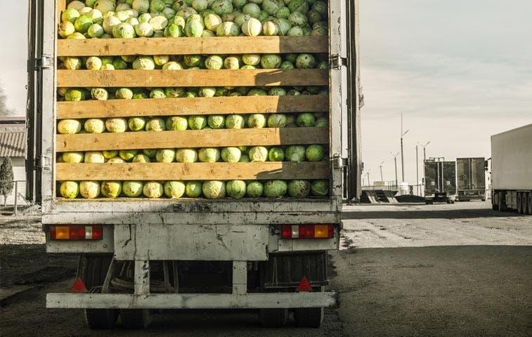 Sector empresarial celebra aprobación de proyecto contra comercio ilícito