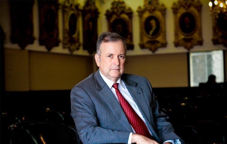 Ottón Solís advierte corrupción en nuevo edificio del MOPT