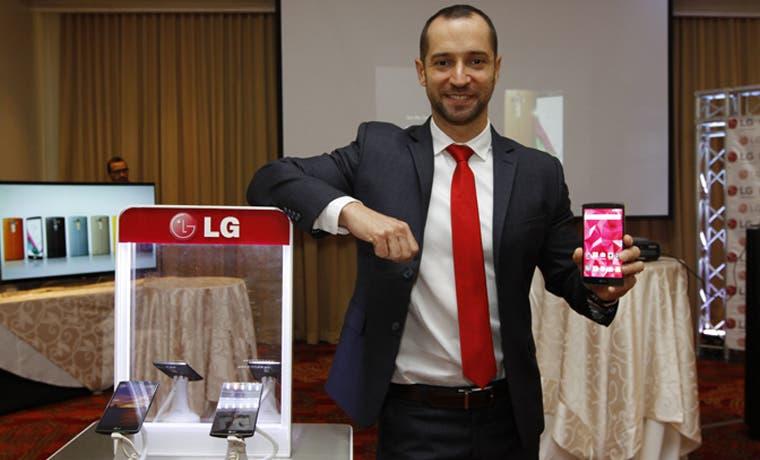 LG mete pelea con su smartphone G4