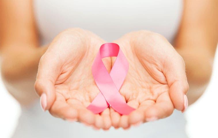 Supermercados impulsan campaña contra cáncer de mama