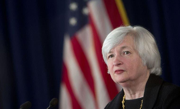 Alza en tasas de interés salvaría a bancos