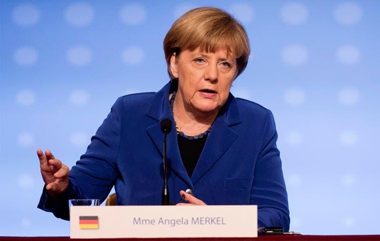 """Merkel: """"Crisis de refugiados es prueba de fuego para Europa"""""""