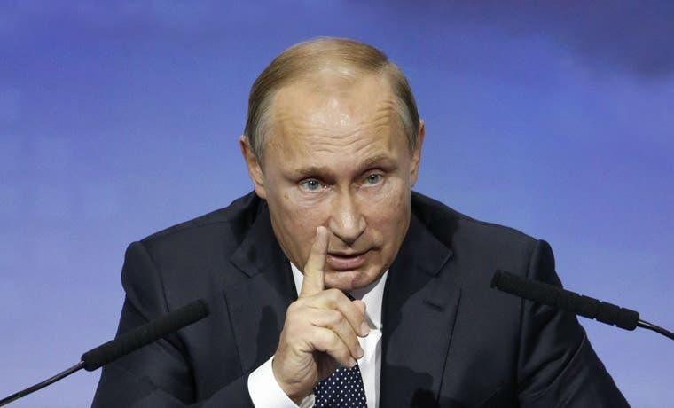 Putin se burla de las políticas estadounidenses en Siria