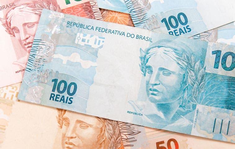 Fitch: Recesión en Brasil será mayor de lo anticipada