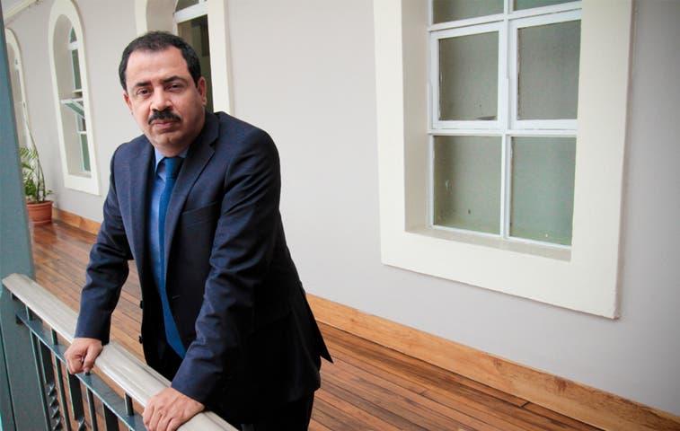 Diputados censuran altos aumentos de salarios en ESPH
