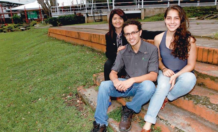 U Latina distingue a jóvenes emprendedores