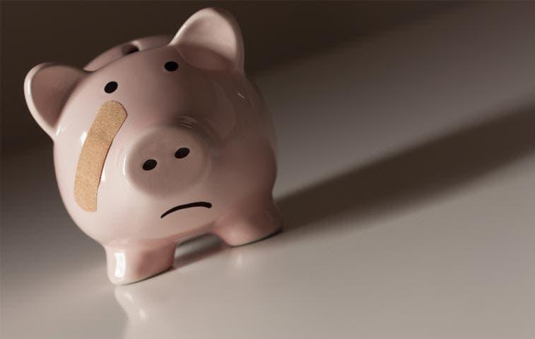 Cerca de la mitad de ticos no ahorra