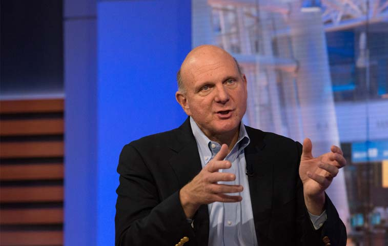 Expresidente de Microsoft dice que la compañia posee una ventaja sobre Amazon en contrataciones