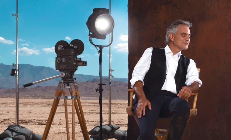 Andrea Bocelli rinde homenaje al cine