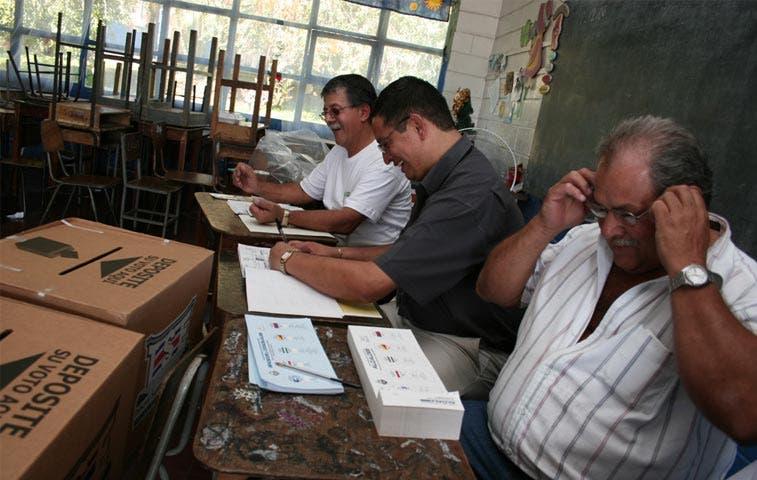 Partidos presentaron 34 mil candidaturas para elecciones municipales