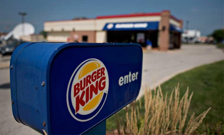 Propietario de Burger King supera estimaciones, con ayuda de pollo frito