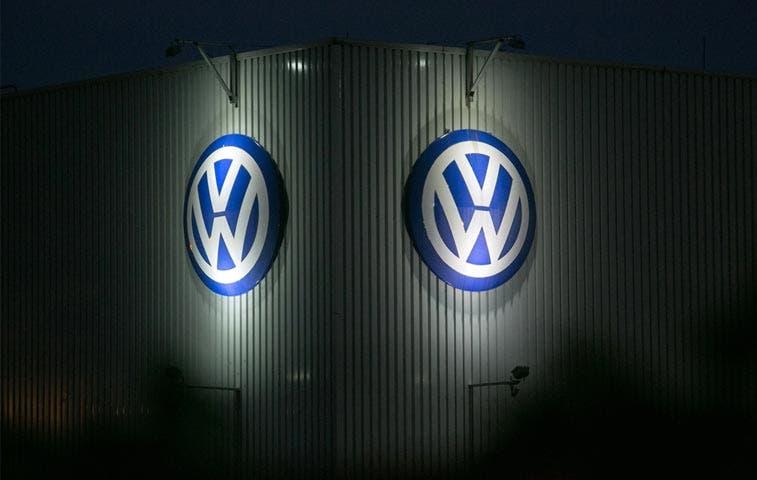 Volkswagen anuncia pérdidas millonarias