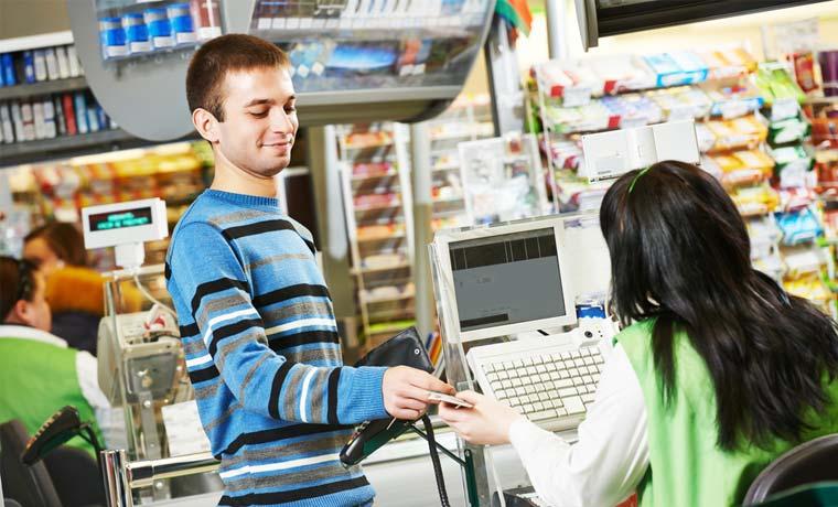 Walmart reclutará 77 personas en feria de empleo