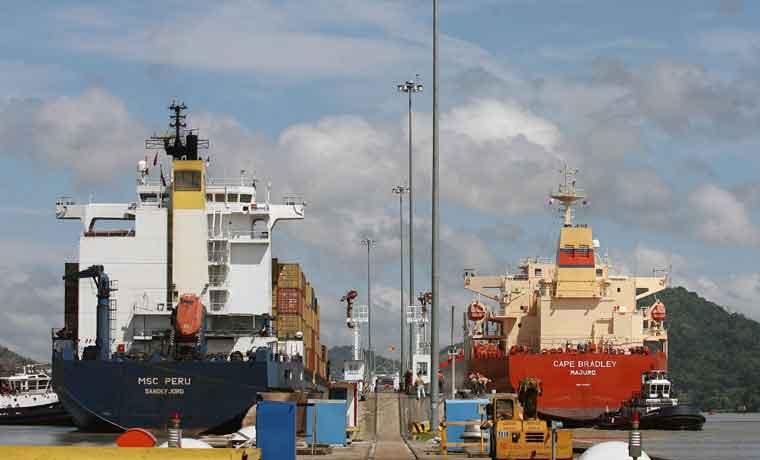 Filtraciones en esclusas retrasarían ampliación en Canal de Panamá