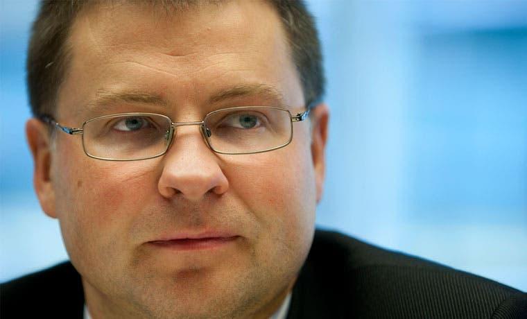 Unión Europea rebaja perspectiva de crecimiento e inflación