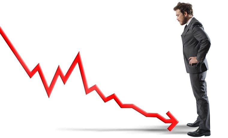 Baja en gasolina impulsa deflación