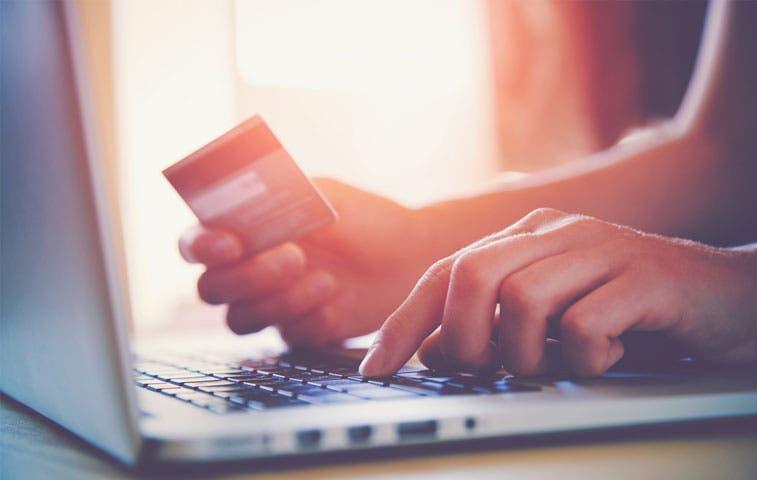 Consumidores optimistas del mundo tienen abundancia de crédito