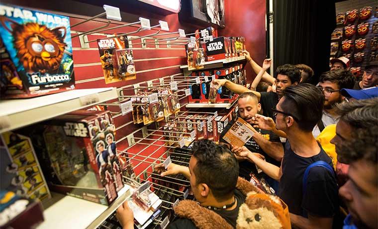 Beneficio de Disney supera las estimaciones gracias a otros negocios