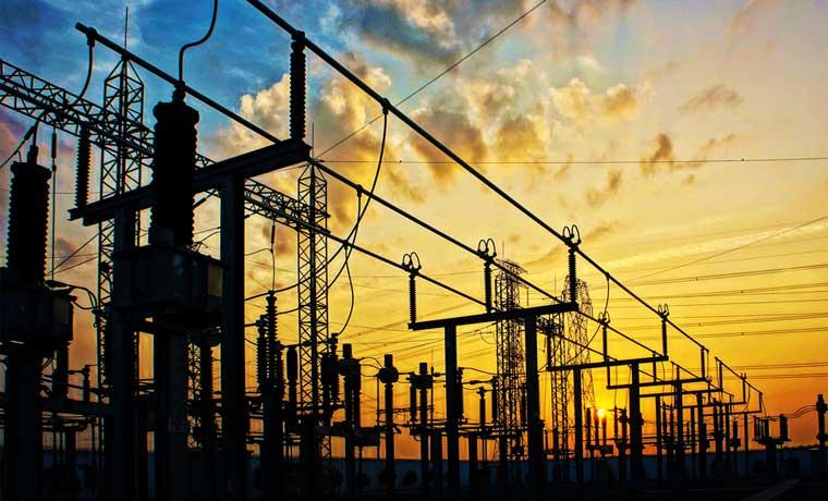 Expertos en energía insisten en redes inteligentes