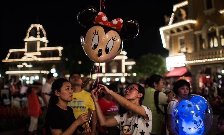 Disney espera recibir 300 millones de turistas en parque de Shanghái