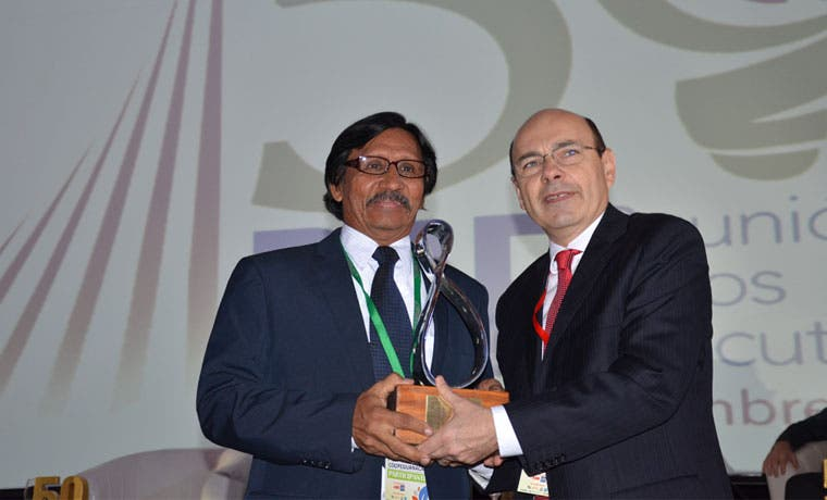 Cooperativa guanacasteca recibe premio internacional de satisfacción al cliente
