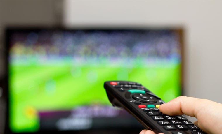 Capacitan a vendedores en televisión digital