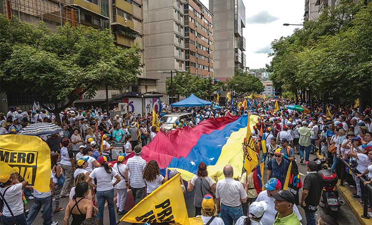 Oposición venezolana avanza por elecciones