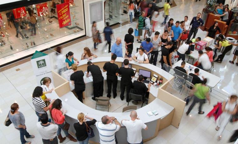 Centros comerciales tendrán horarios ampliados este Viernes Negro